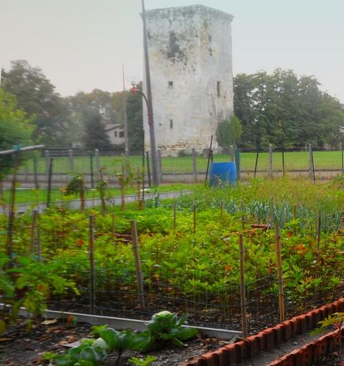 tour de veyrines jardin